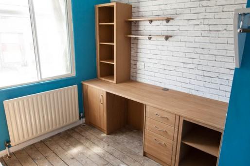 Jono-desk