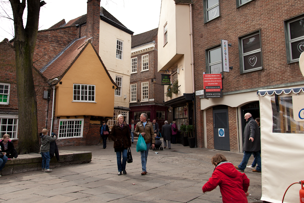 A Walk Around York: St Andrewgate